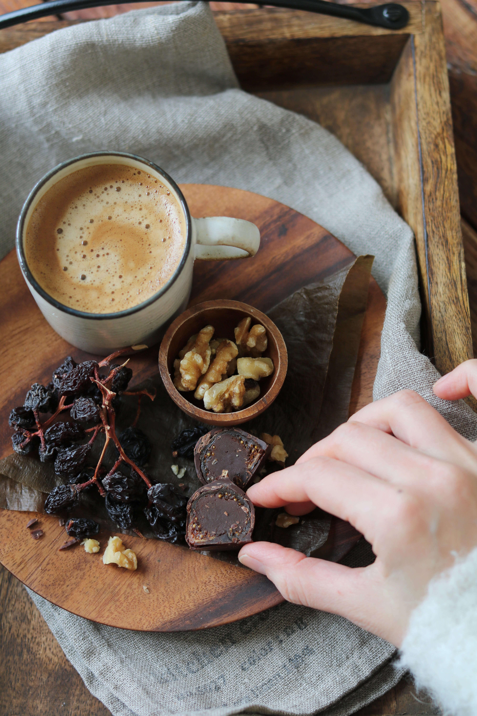 figchocolate_hand